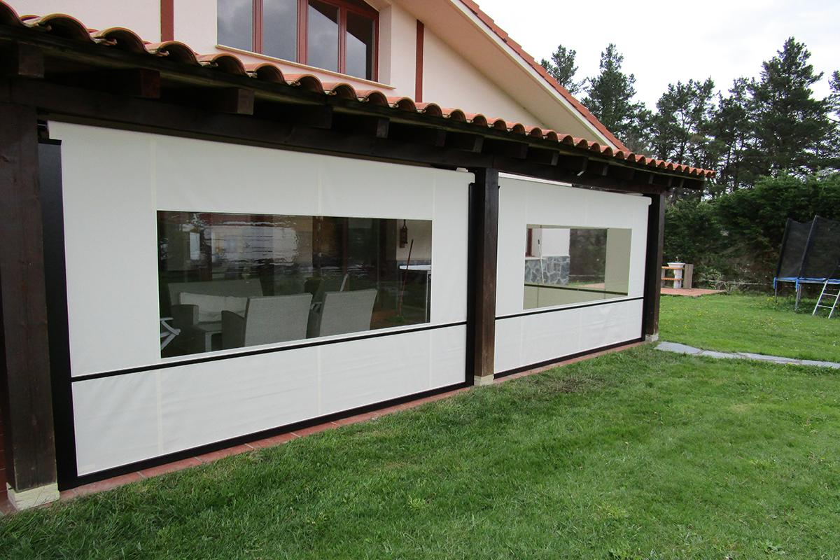 Toldos verticales para terrazas best contctanos with for Toldos triangulares para terrazas